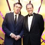 Bryan Ferry e o CEO do Mandarin Oriental Edouard Ettedgui